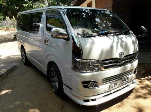 Toyota Van (5)