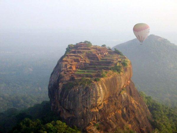Sigiriya-ballooning